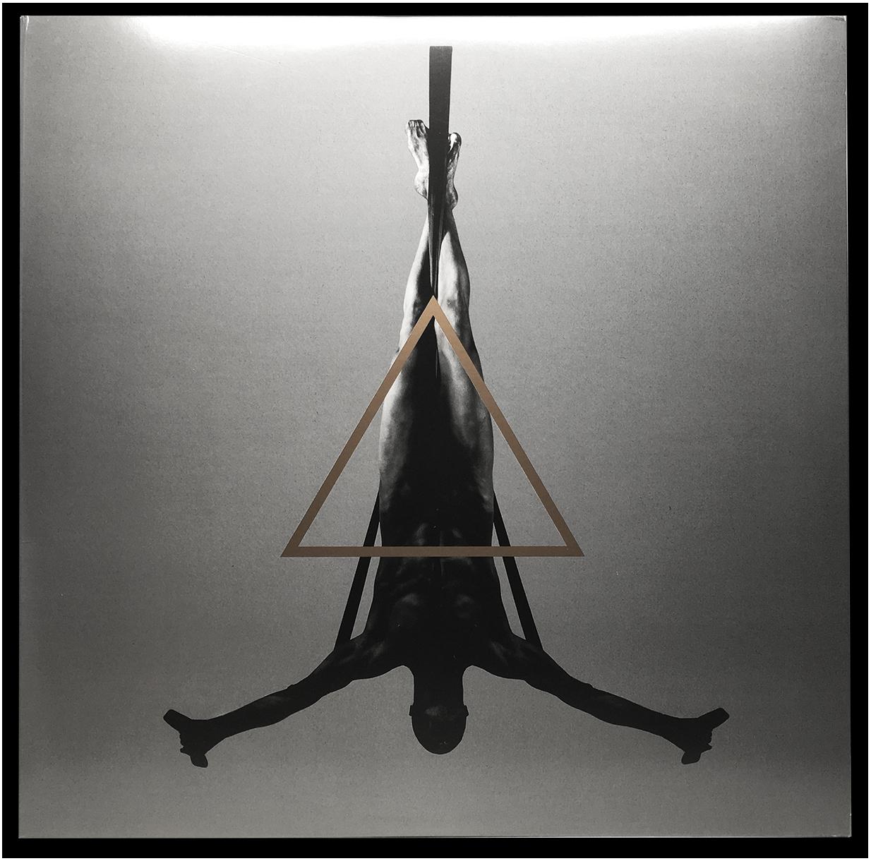 Triangle (Black Splatter on Gold)